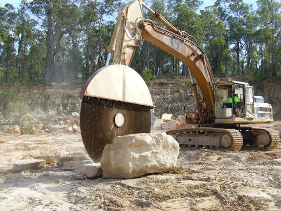 Excavator saw