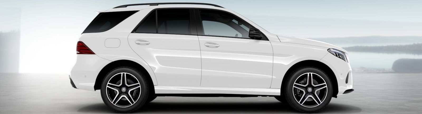 Mercedes gle suv colours guide and prices carwow for Mercedes benz polar white paint