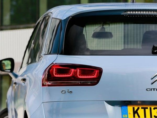 Citroen C4 Picasso rear light