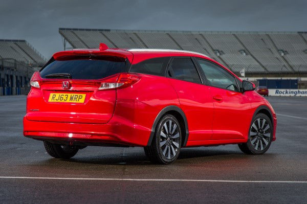 Honda Civic Tourer rear angle