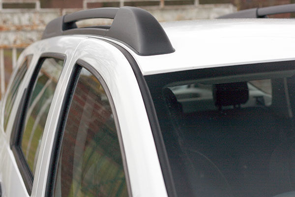 Dacia Duster Roof