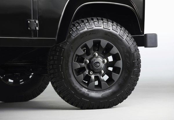 Land Rover Defender LXV wheel