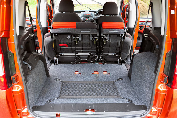 Fiat Qubo Trekking Review Carwow