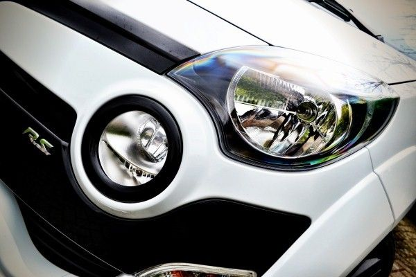 Renault Twingo RS lights