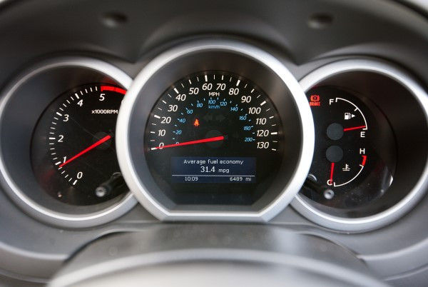 Suzuki Grand Vitara instruments