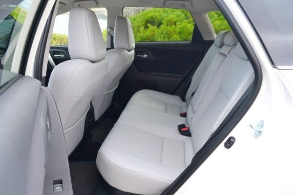 Toyota Auris Touring Sports Hybrid rear cabin