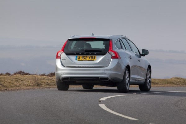 Volvo V60 Plug-In Hybrid rear