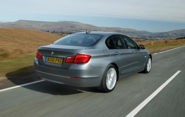 Audi A6 vs BMW 5 Series  Side by Side UK Comparison  carwow