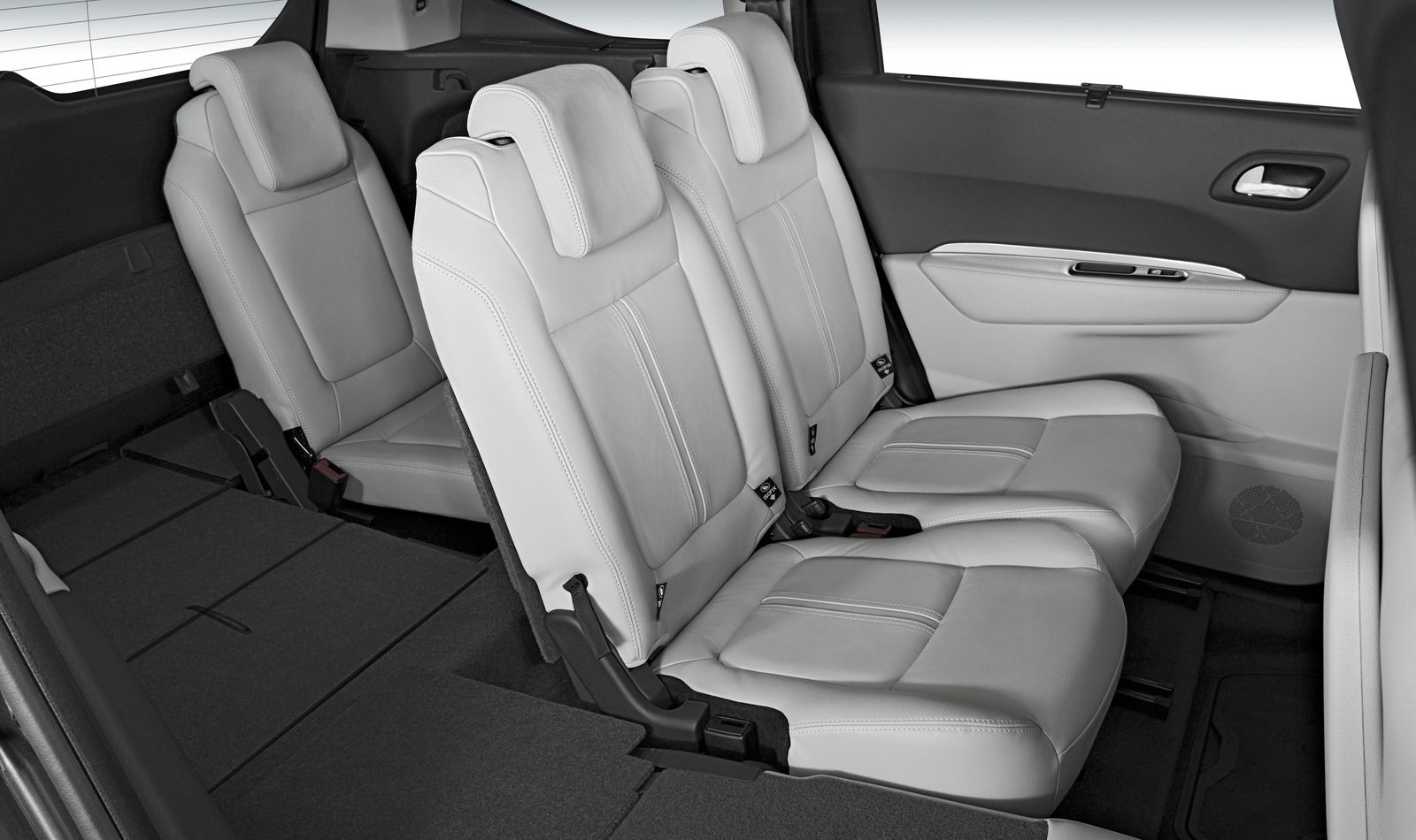 peugeot 5008 sizes and dimensions guide | carwow