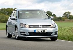 1 vw golf bluemotion 6076