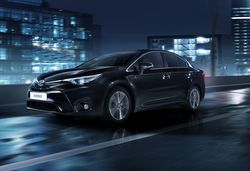 Avensis night 17 dpl 2015 3 4 black
