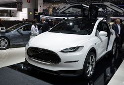 Tesla model x front preview e1425038799782