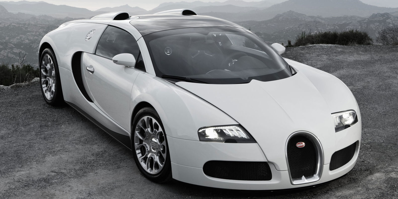 bugatti veyron grand sport review carwow. Black Bedroom Furniture Sets. Home Design Ideas