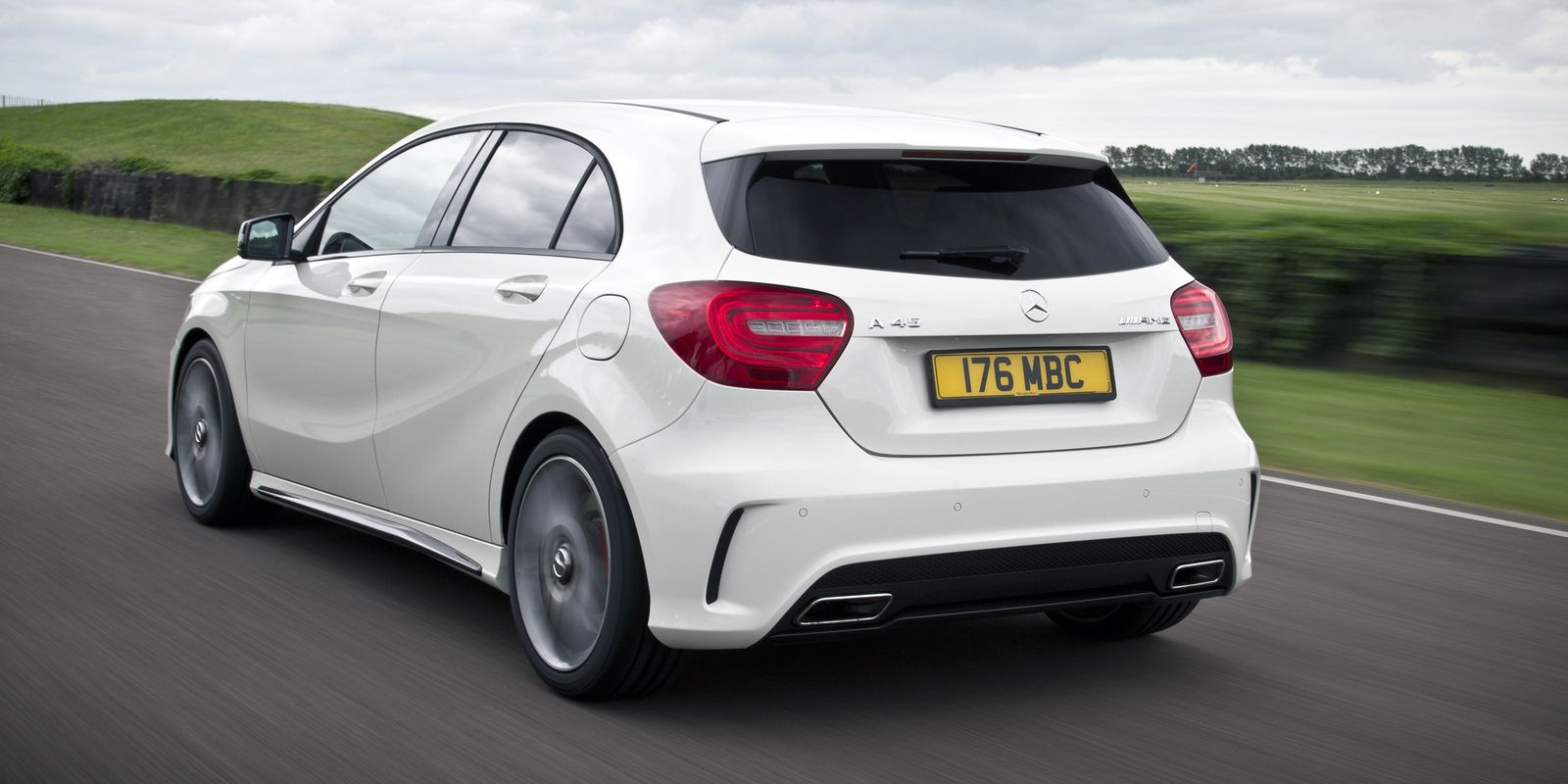 mercedes a45 amg review carwow. Black Bedroom Furniture Sets. Home Design Ideas