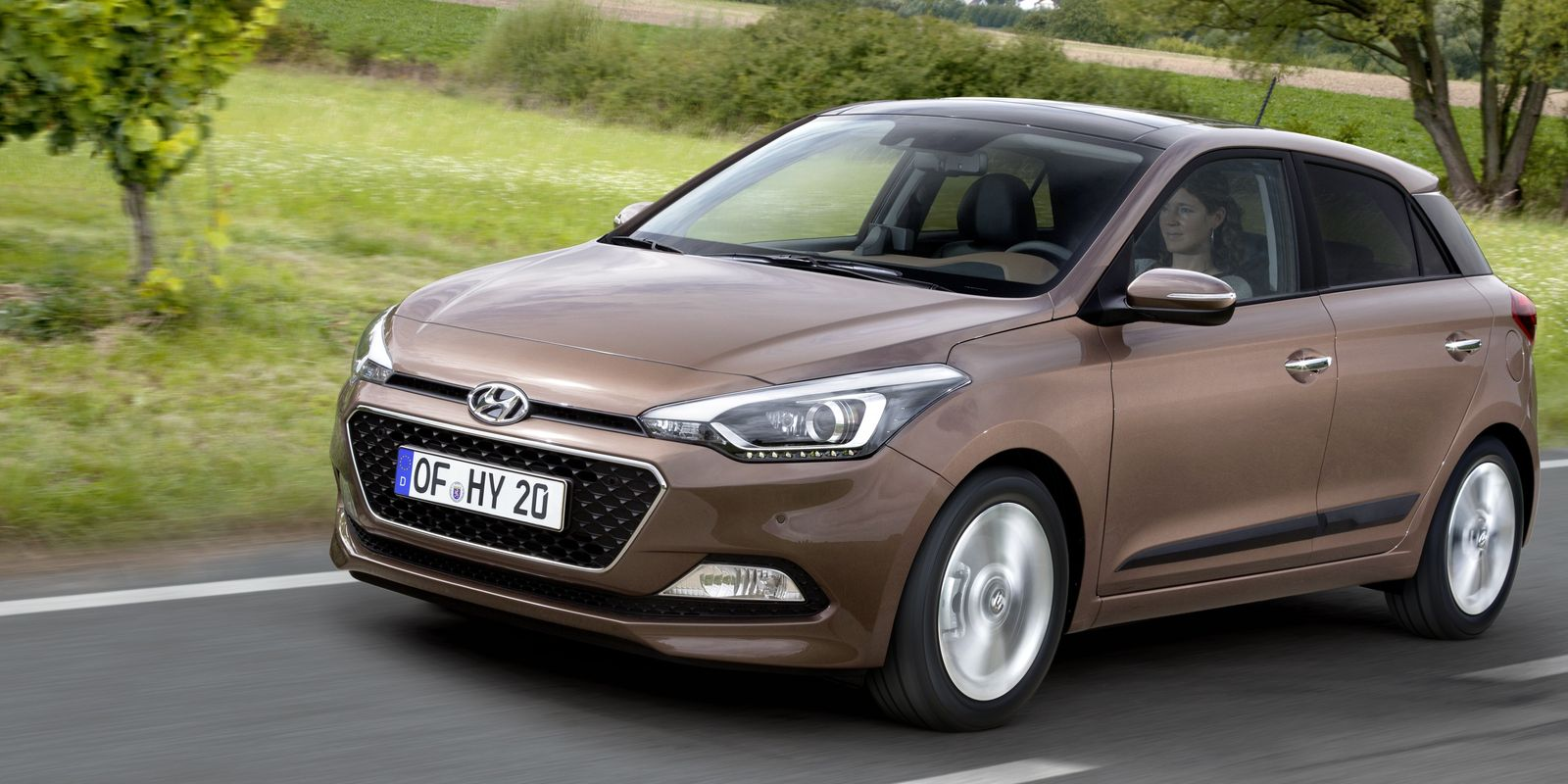 hyundai i20 review carwow. Black Bedroom Furniture Sets. Home Design Ideas