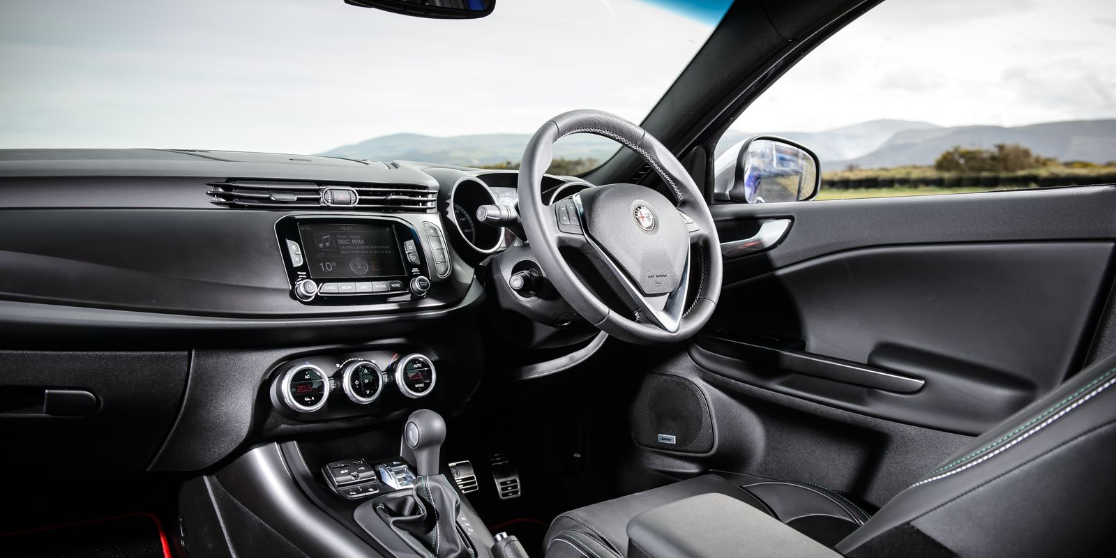 Alfa Romeo Giulietta Review Carwow Autos Post