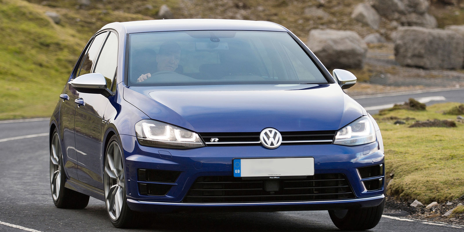 Vw Golf R Estate Review >> Volkswagen Golf R Review | carwow